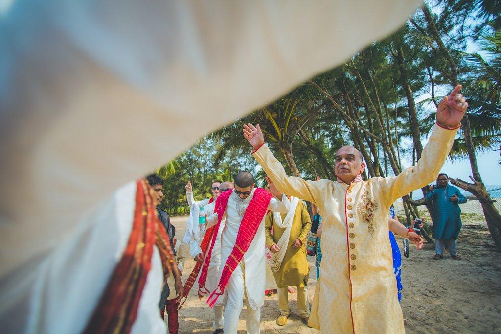Beach-wedding-photography-shammi-sayyed-photography-India-10.jpg