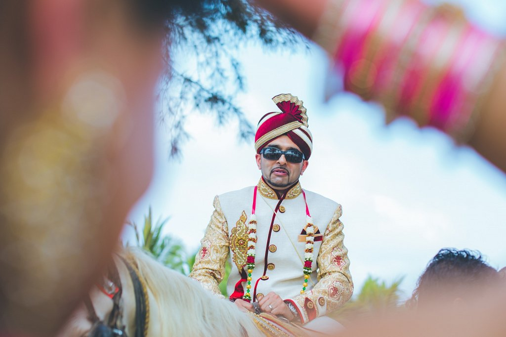 Beach-wedding-photography-shammi-sayyed-photography-India-17.jpg