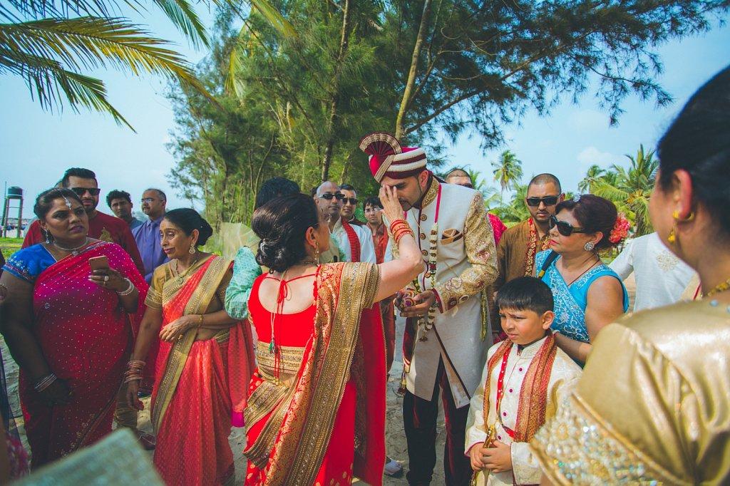 Beach-wedding-photography-shammi-sayyed-photography-India-20.jpg