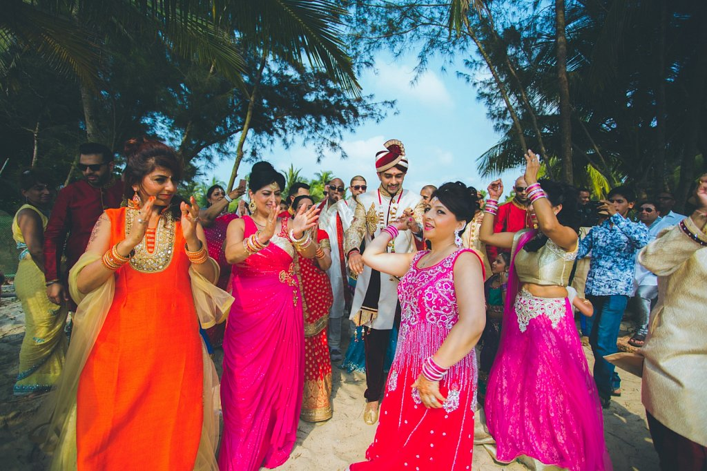 Beach-wedding-photography-shammi-sayyed-photography-India-23.jpg